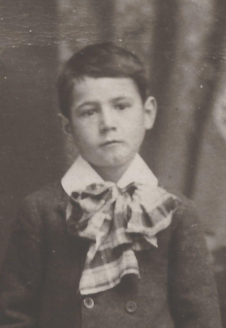 John Joseph Lizette, vers 6 ans